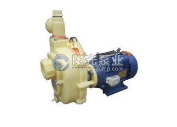 塑料自吸泵的工作原理是
